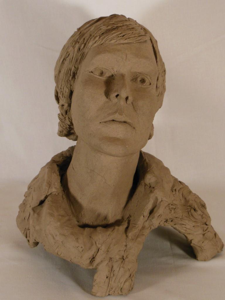sculpture tête de femme en terre cuite (2)