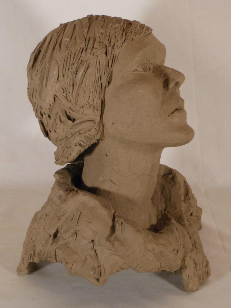 sculpture tête de femme en terre cuite (4)